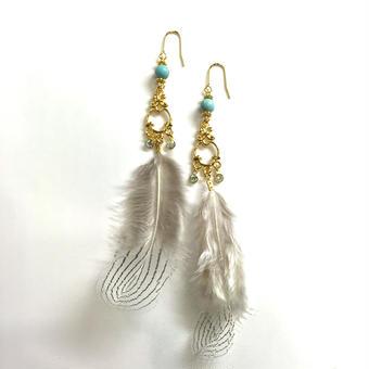 【Mlagoon】chandelier feather ピアス