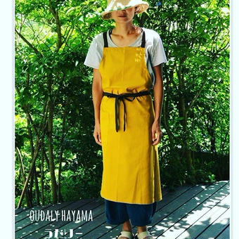 Linen cotton apron カラシ