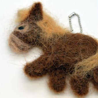 羊毛フェルト 与那国馬 全体バージョン (ヨナグニウマの毛混合ver)