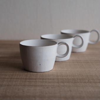 馬酔木 誠(アセビマコト)さんの マグカップ(L) 白マット