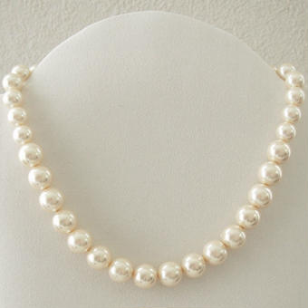 simple pearl short necklace