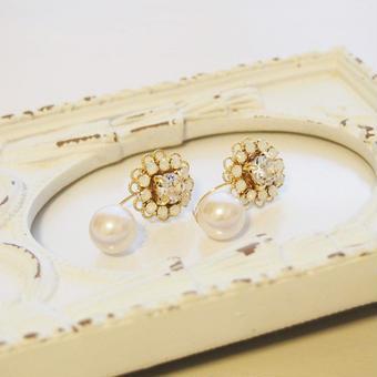 Flower bijou×Perl pierce(crystal)