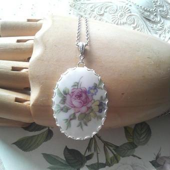 ヴィンテージ 薔薇と小花のPocelain シルバーネックレス