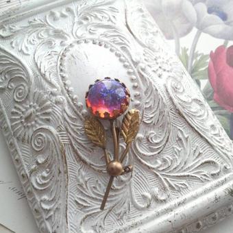 ヴィンテージ ドラゴンズブレス お花のブローチ