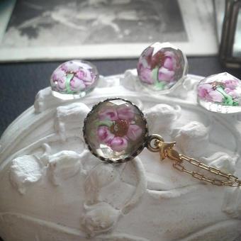 ヴィンテージ flower in water Pink ネックレス