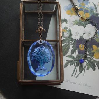 ヴィンテージ サファイアBLUE flower-Basket ネックレス