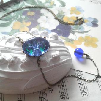 ヴィンテージ fleur-de-lis /BlueGreen 1Dropネックレス