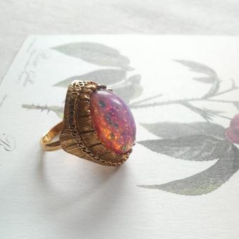 ヴィンテージ ピンクOpal Gorgeous指輪