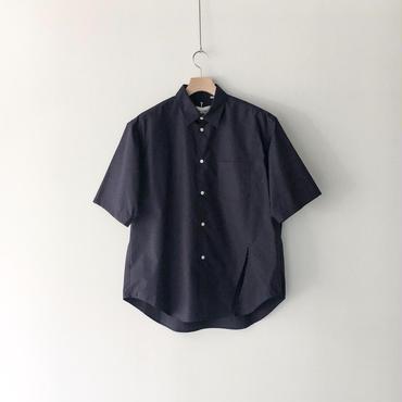 kudos /  Slit Typewriter Shirt - NAVY