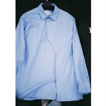 kudos / Curvy Typewriter Shirt - BLUE