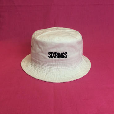 SIXRINGS BUCKET HAT / WHT