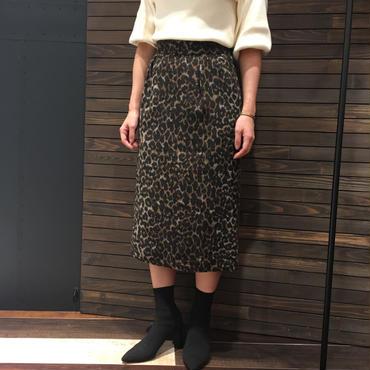 レオパード柄タイトスカート