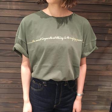 箔ロゴTシャツ