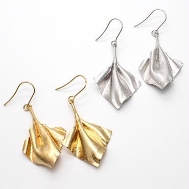 wrinkle series pierce(pair)