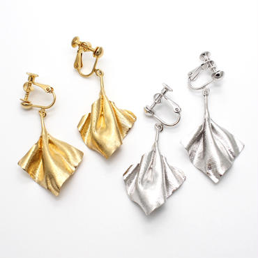 wrinkle series earring(pair)