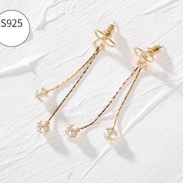 ribbon  long  stone   pierce
