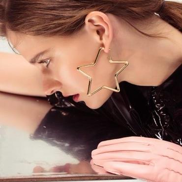 star hoop pierce