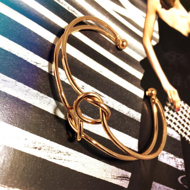 tow string bangle