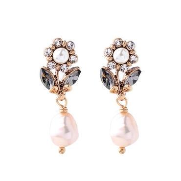 flower vintage pearl pierce
