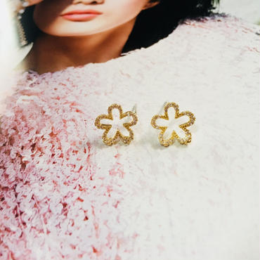 flower  jewelry pierce