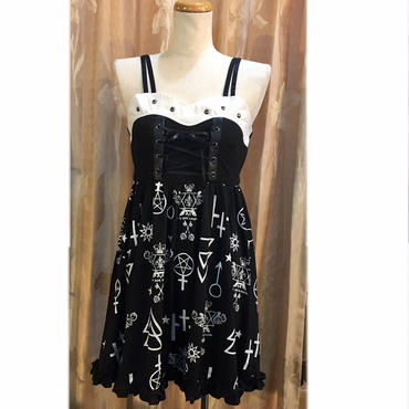 【SEXPOTReVeNGe】LACE UP WITCH ワンピース
