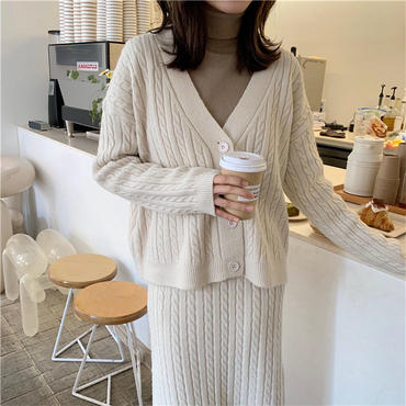 cable knit set up