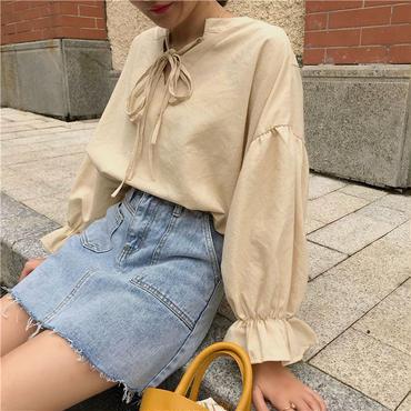 simple balloon sleeve blouse