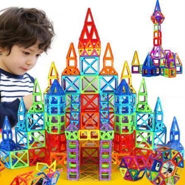 磁気おもちゃ 知育玩具 252ピース 収納ボックスなし マグブロック マグネット 積木 マグフォーマー 磁石 知育 幼児教育本場 立体パズル お誕生日ギフト