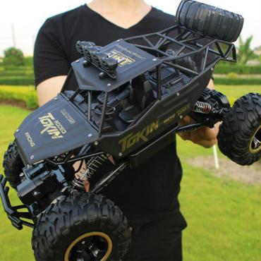 黒 ブラック オフロード 2.4GHzRCシステム迫力 1/12 スケール ピックアップトラック クローラー