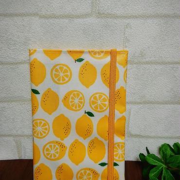 ラミネート生地のお薬手帳ケース《レモン柄》