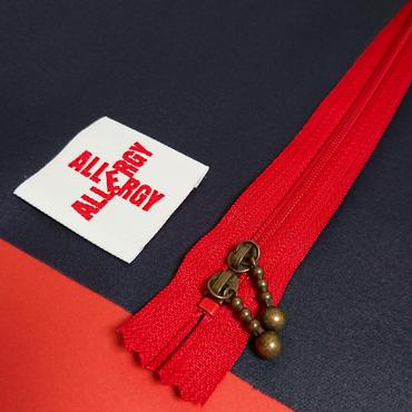 エピペン用ポーチご予約【紺色無地ラミネート赤ファスナー】