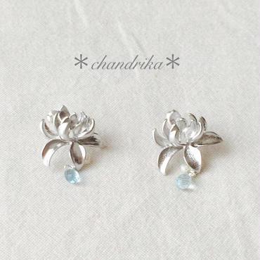 蓮の花とアクアマリン×パールのピアス