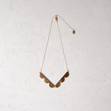 jour couture frill necklace