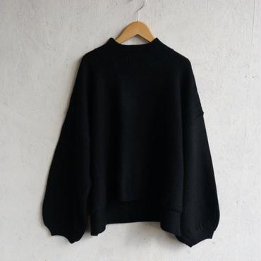 APPRECIATIVE Volume sleeve hineck knit