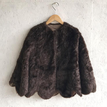 Vintage fake fur scallop cape