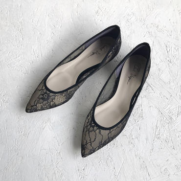 C'ast vague  lace flat pumpus