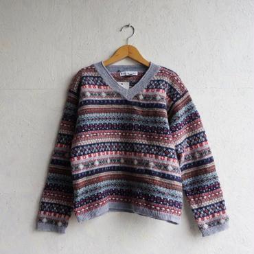 Vintage fair isle v neck knit