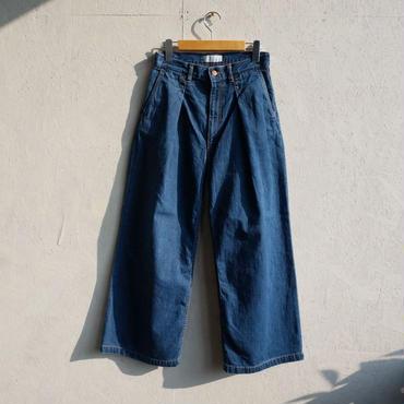 PHEENY 11oz loose denim wide tuck jeans