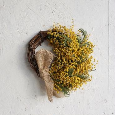 Mimosa wreath B