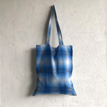 PHEENY Rayon ombre check tote bag
