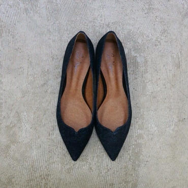C'ast Vague flower cut pointed flat pumpus