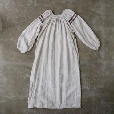 Vintage Ukraine linnen dress