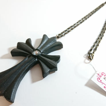Alice Garden/アリスガーデン クロスペンダント(黒)
