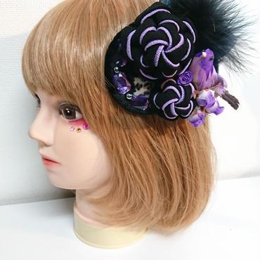 赤猫家/アカネコヤ ねじり梅とトリのコサージュ(紫絣) ak-080