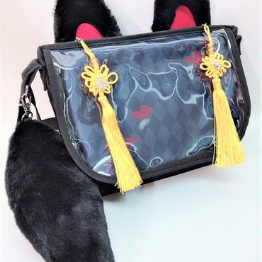 アルマジ製作所 タッセル付きお狐バッグ 黒×黒×黄タッセル