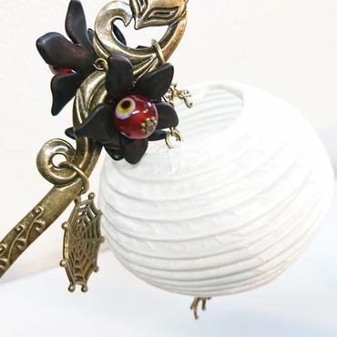 Phantom Jewelry/ファントムジュエリー 狐と提灯の簪(目玉:赤)
