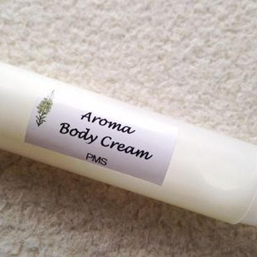 PMSを軽減するためのアロマボディクリームキット