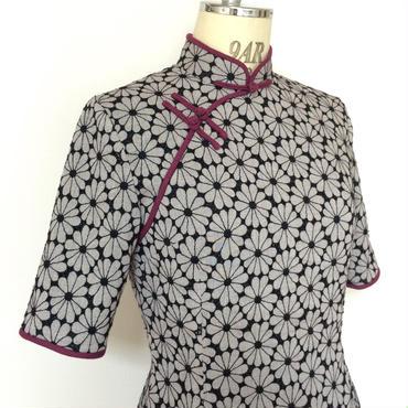 【再値下げ】フラワー刺繍のチャイナ・ドレス
