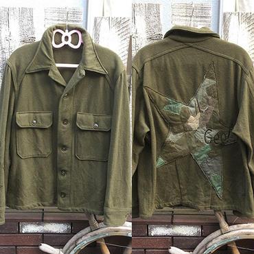 【古着セレクトリメイク】ツギハギ同色スターミリタリーシャツジャケット