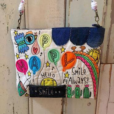 スマイルバルーン刺繍ショルダー